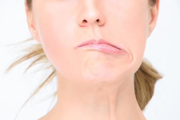 Hốt hoảng khi miệng méo, mặt lệch sau 1 đêm vì thói quen nhiều người làm vào ngày nóng-3