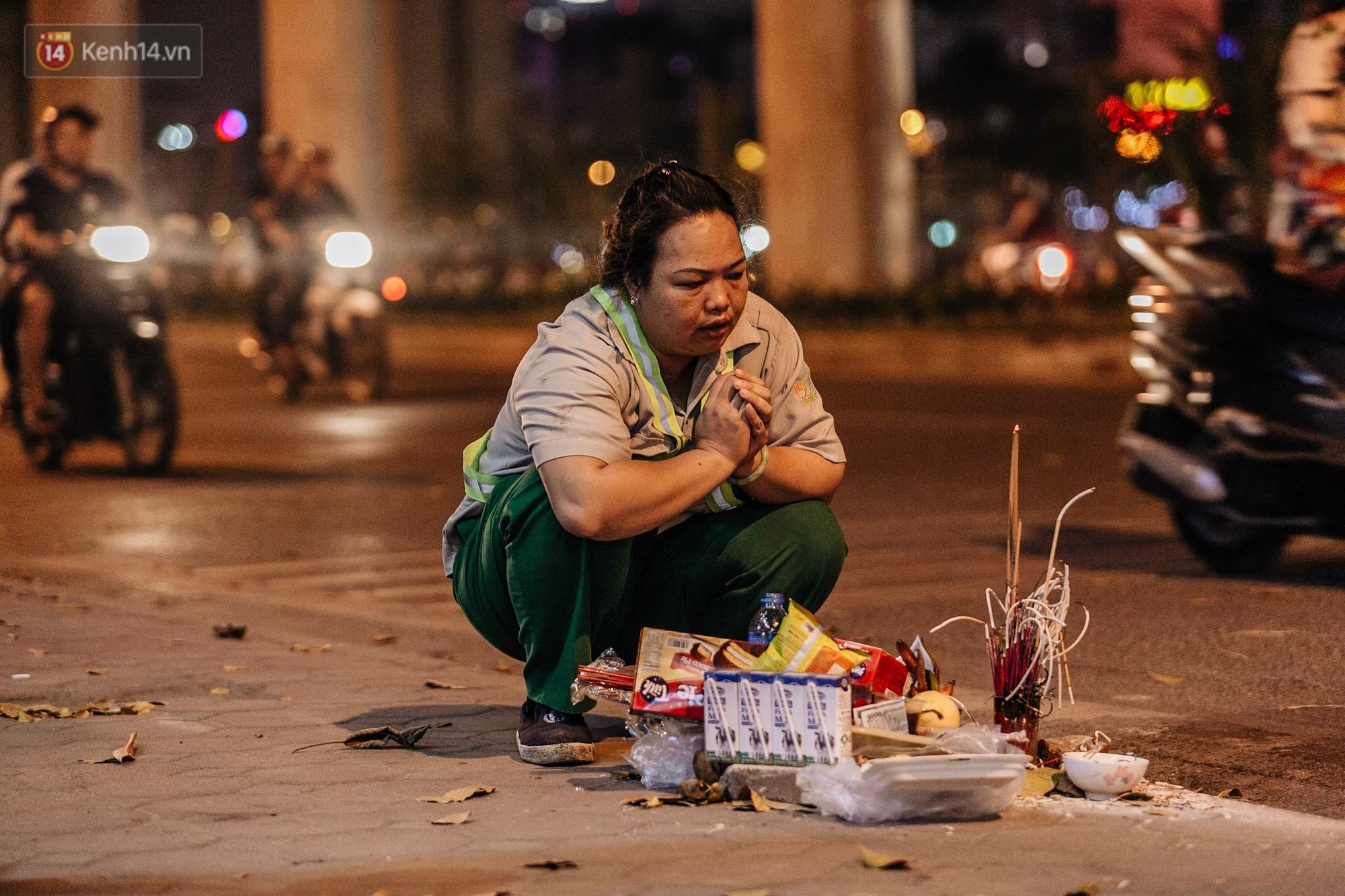 Sự ra đi của nữ công nhân môi trường và nỗi ám ảnh người ở lại: Những phận đời phu rác bám đường phố Hà Nội mưu sinh-3