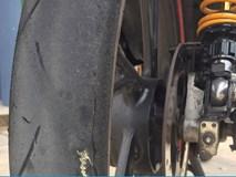 Nắng nóng kỷ lục, có cần xả bớt hơi trong lốp xe máy?