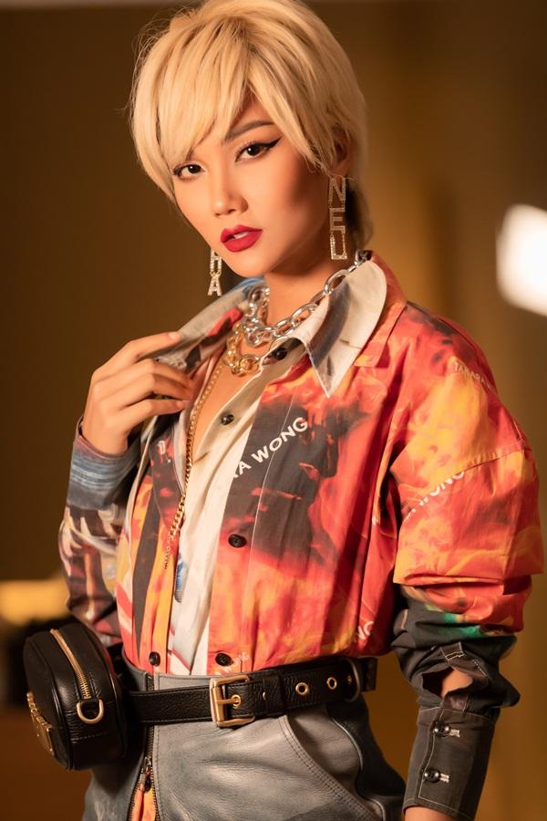 Lần đầu thử sức với mái tóc vàng, Hoa Hậu HHen Niê khiến fan hâm mộ nhìn mãi mới nhận ra-3