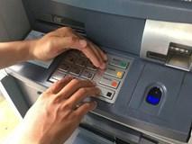 Ngân hàng chuyển nhầm 5 tỷ đồng vào tài khoản, thanh niên 19 tuổi âm thầm rút hơn 1 tỷ tiêu xài
