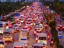 TP.HCM: Nghỉ lễ 30/4 - 1/5 tận 5 ngày, người dân ùn ùn về quê khiến các tuyến đường kẹt cứng không lối thoát