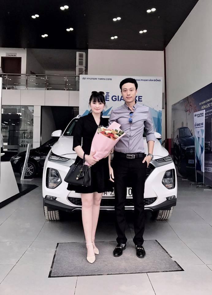 27 tuổi đã có công ty riêng, mẹ nuôi 9X của em bé Lào Cai tậu được cả ô tô tiền tỷ khiến bao người trầm trồ-2