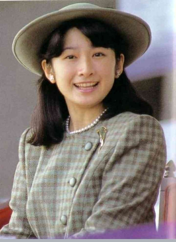 Những nữ nhân tài sắc vẹn toàn của Hoàng gia Nhật: Từ Hoàng hậu đến Công chúa ai cũng 10 phân vẹn mười, học vấn cao, hiểu biết hơn người-5