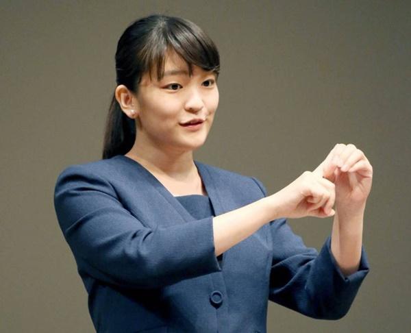 Những nữ nhân tài sắc vẹn toàn của Hoàng gia Nhật: Từ Hoàng hậu đến Công chúa ai cũng 10 phân vẹn mười, học vấn cao, hiểu biết hơn người-9
