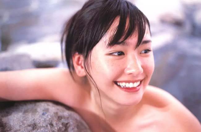 Những nữ thần sắc đẹp Nhật Bản khiến cánh mày râu khao khát nhất-14