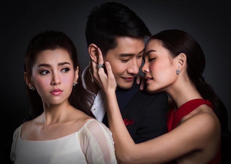 Lạ đời chuyện thuê gái trẻ đẹp cặp bồ với chồng để giữ gia đình hạnh phúc-2