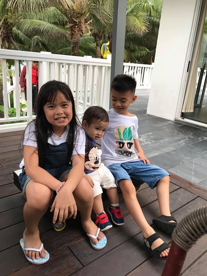 Đi trốn tận resort sang chảnh ở Đà Nẵng, đại gia đình Hằng Túi gây choáng với đội hình 10 thành viên ríu rít xếp hàng-7