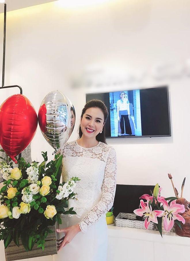 Cuộc sống của MC đẹp nhất VTV ở nhà chồng đại gia Hà thành-4