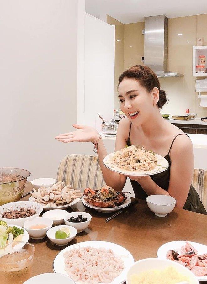 Cuộc sống của MC đẹp nhất VTV ở nhà chồng đại gia Hà thành-7