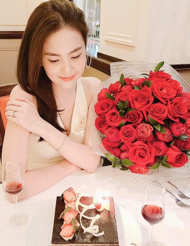 Cuộc sống của MC đẹp nhất VTV ở nhà chồng đại gia Hà thành-8