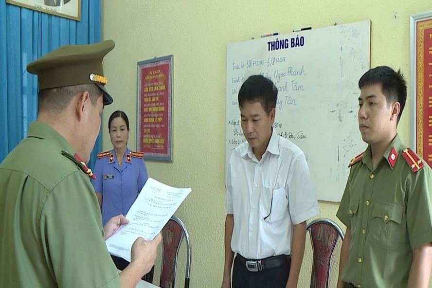 Phó Giám đốc Sở GD Sơn La xuống làm chuyên viên sau khi nâng điểm thi-1