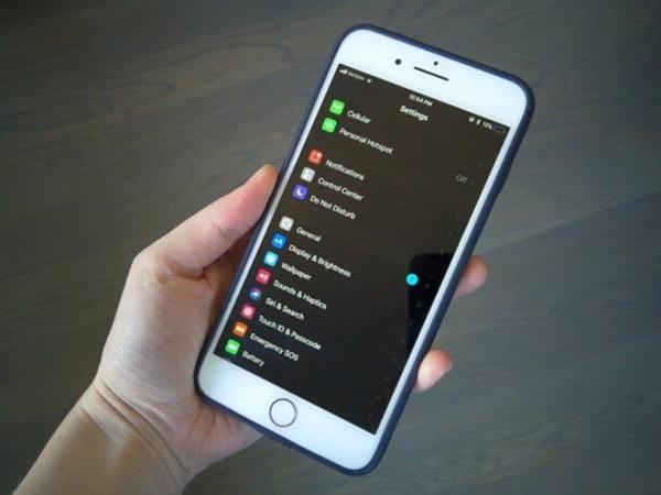 iOS 13 hé lộ những điều mới trên iPhone, iPad-1