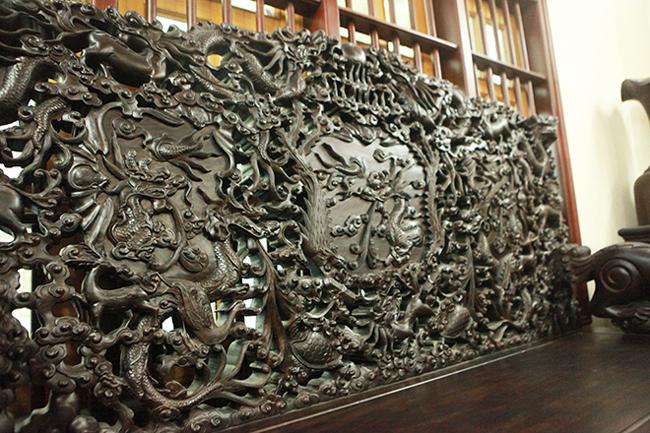 Tuyệt tác bộ bàn ghế gỗ trắc 17 món giá hơn 6 tỷ đồng của đại gia Hà Nội-10