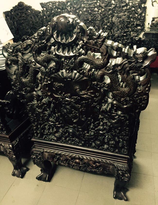 Tuyệt tác bộ bàn ghế gỗ trắc 17 món giá hơn 6 tỷ đồng của đại gia Hà Nội-14