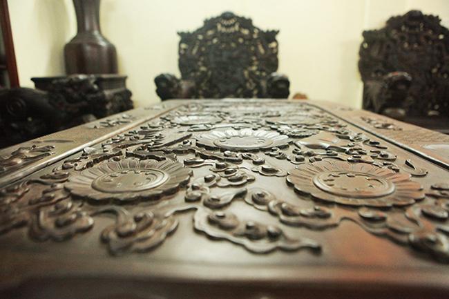 Tuyệt tác bộ bàn ghế gỗ trắc 17 món giá hơn 6 tỷ đồng của đại gia Hà Nội-6