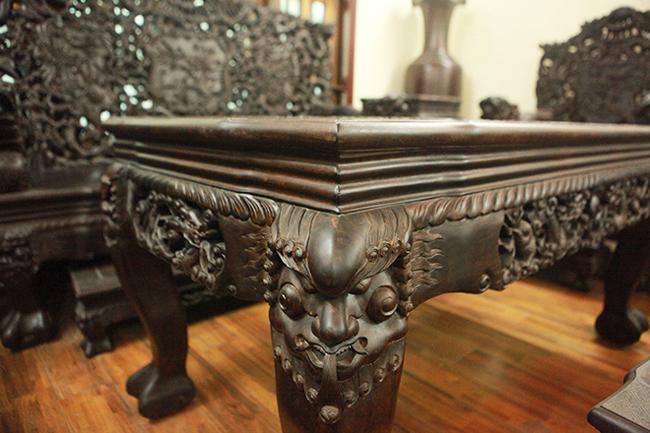 Tuyệt tác bộ bàn ghế gỗ trắc 17 món giá hơn 6 tỷ đồng của đại gia Hà Nội-7
