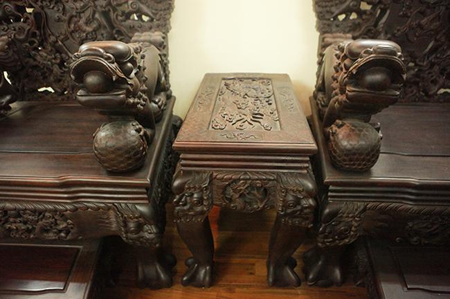 Tuyệt tác bộ bàn ghế gỗ trắc 17 món giá hơn 6 tỷ đồng của đại gia Hà Nội-16