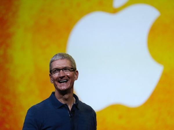 Điều hành Apple nghìn tỷ USD, CEO Tim Cook vẫn mua đồ lót giảm giá, muốn quyên hết tiền sau khi trả học phí cho cháu trai-1