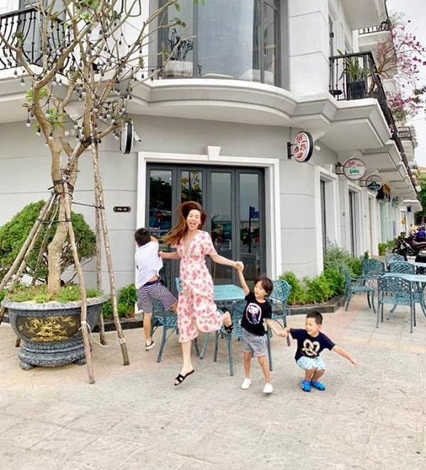 Giữa tin đồn mang thai, Hồ Ngọc Hà hạnh phúc cùng Kim Lý và con trai đi du lịch như một gia đình-6