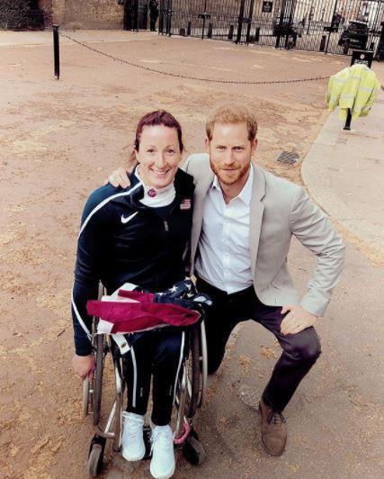 Thái độ bất ngờ của Hoàng tử Harry trong sự kiện mới nhất đã vô tình tiết lộ về em bé Sussex, con đầu lòng của cặp đôi-2