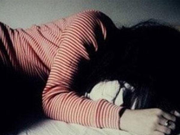 Nhóm thanh niên khống chế hiếp dâm 2 bé gái 15 tuổi giữa cánh đồng-1
