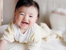 3 tình huống trẻ sơ sinh bật cười cho thấy bé có IQ cực cao, thông minh hơn người
