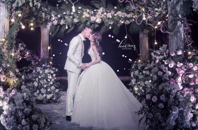Đám cưới xa hoa của con gái bầu Đệ và người mẫu bên biển Thanh Hóa-1