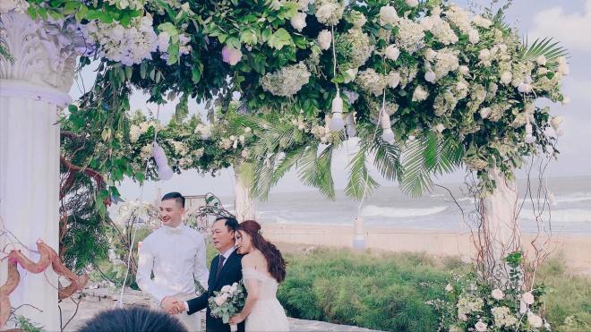 Đám cưới xa hoa của con gái bầu Đệ và người mẫu bên biển Thanh Hóa-5