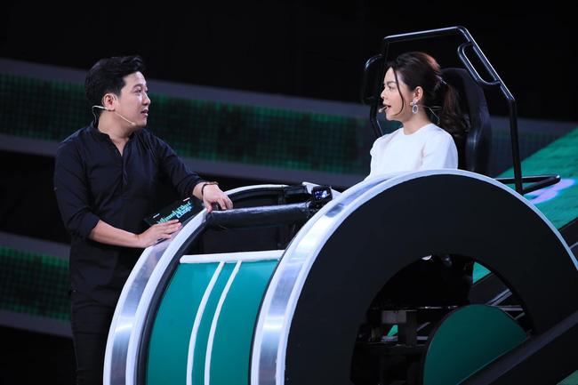 Bị chê đanh đá, quá lố trên sóng truyền hình, Phạm Quỳnh Anh lên tiếng: Cứ phán xét mãi thì cũng đành chịu!-8