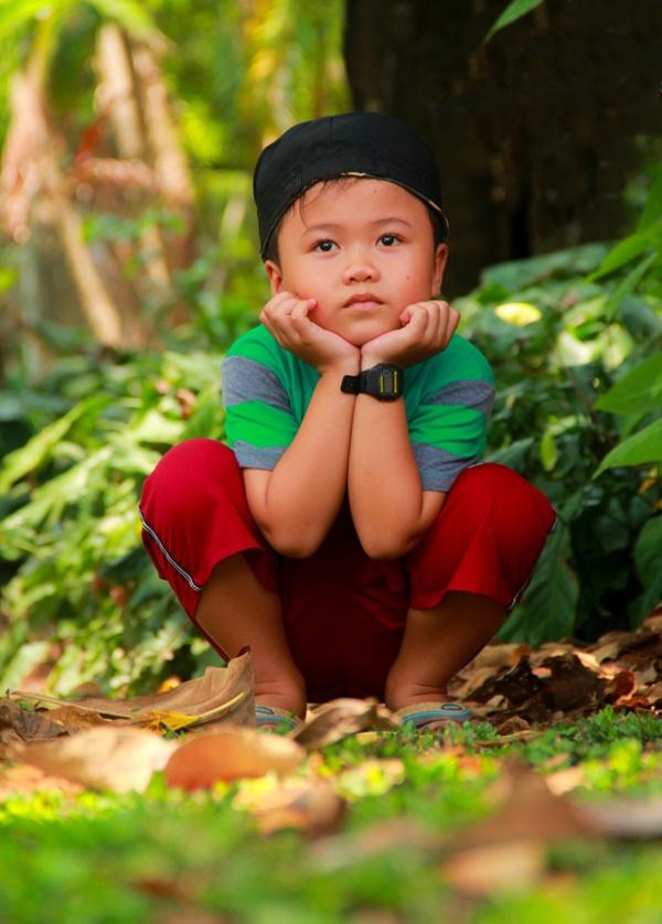 Thảo Cầm Viên vỡ trận, trẻ nhỏ gào khóc, ngồi gặm bánh mì chen chúc nhau giữa trời nắng 40 độ-13
