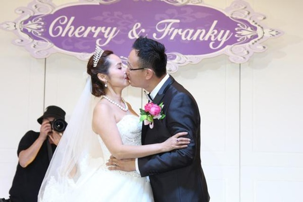 Mỹ nhân phim 18+ Hong Kong: Giải nghệ thành công chúa Philippines, lấy chồng tỷ phú-8