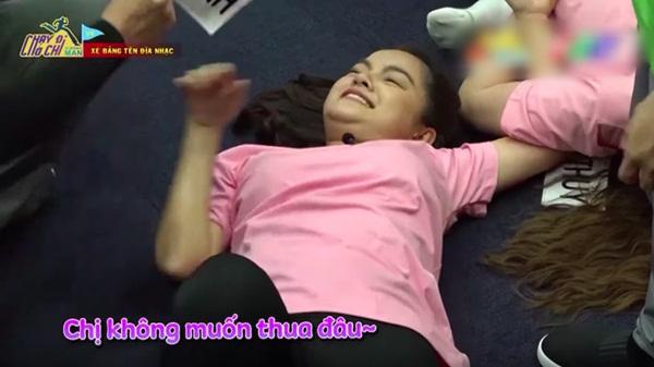 Phản ứng bất ngờ của bố Phạm Quỳnh Anh khi con gái bị chê đanh đá, làm lố trên sóng truyền hình-1