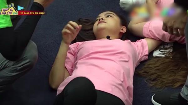 Phản ứng bất ngờ của bố Phạm Quỳnh Anh khi con gái bị chê đanh đá, làm lố trên sóng truyền hình-2
