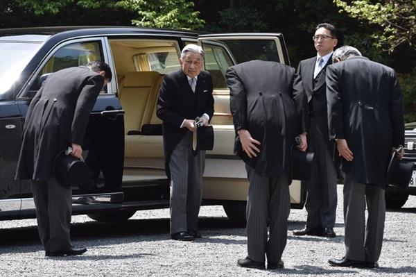 Tân Nhật hoàng sắp lên ngôi nhưng vợ của ông sẽ không được phép dự - Tại sao thế?-7