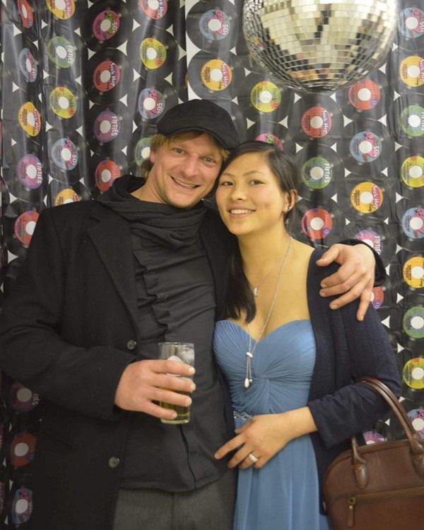 Cuộc sống ở Bỉ của cô gái H'Mông giỏi tiếng Anh với chồng doanh nhân-2