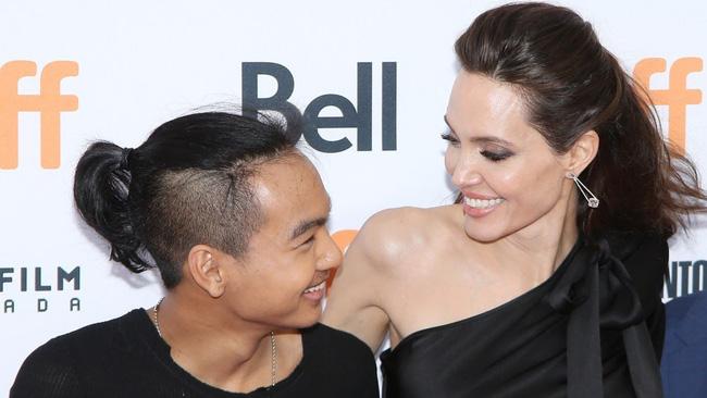 Hậu ly hôn, Angelina Jolie để lại tài sản trị giá 116 triệu đô cho người con trai nhận nuôi từ Campuchia?-3