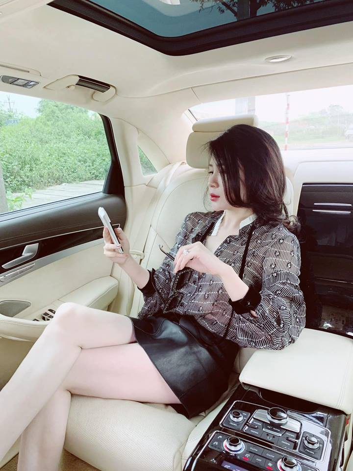 Khoe ảnh đi nghỉ dưỡng sang chảnh ở Phú Quốc, bà xã nóng bỏng của MC Thành Trung gây ngỡ ngàng với nhan sắc lạ-2