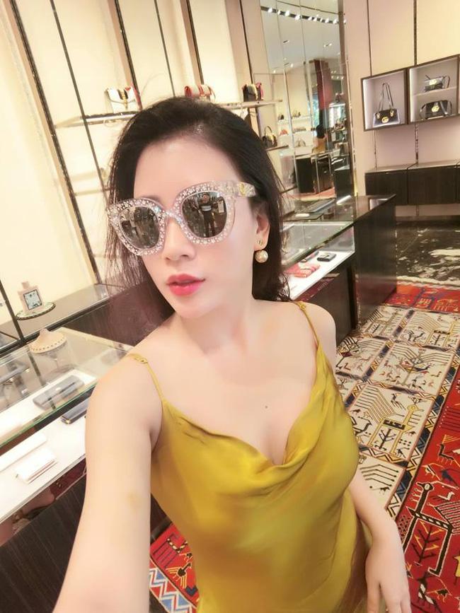 Khoe ảnh đi nghỉ dưỡng sang chảnh ở Phú Quốc, bà xã nóng bỏng của MC Thành Trung gây ngỡ ngàng với nhan sắc lạ-7
