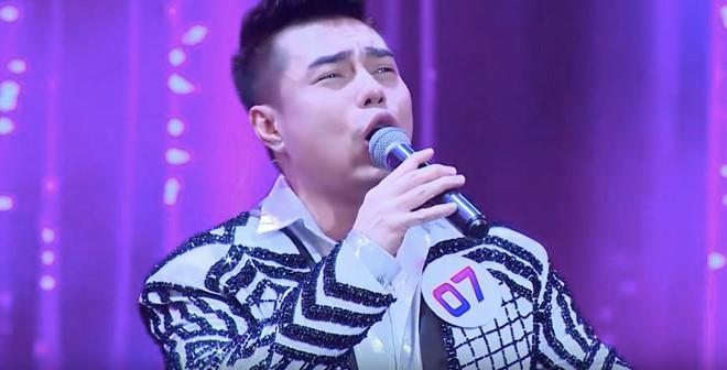 Lê Dương Bảo Lâm gây khó chịu khi liên tục hát sai, chế lời nhảm nhí-1