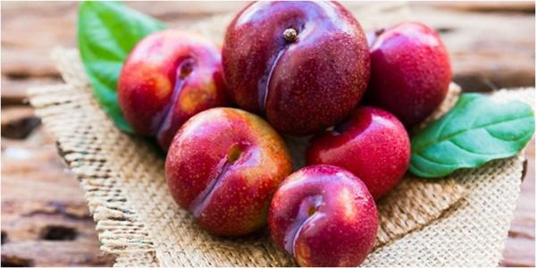 4 loại trái cây giúp giảm béo - Mận