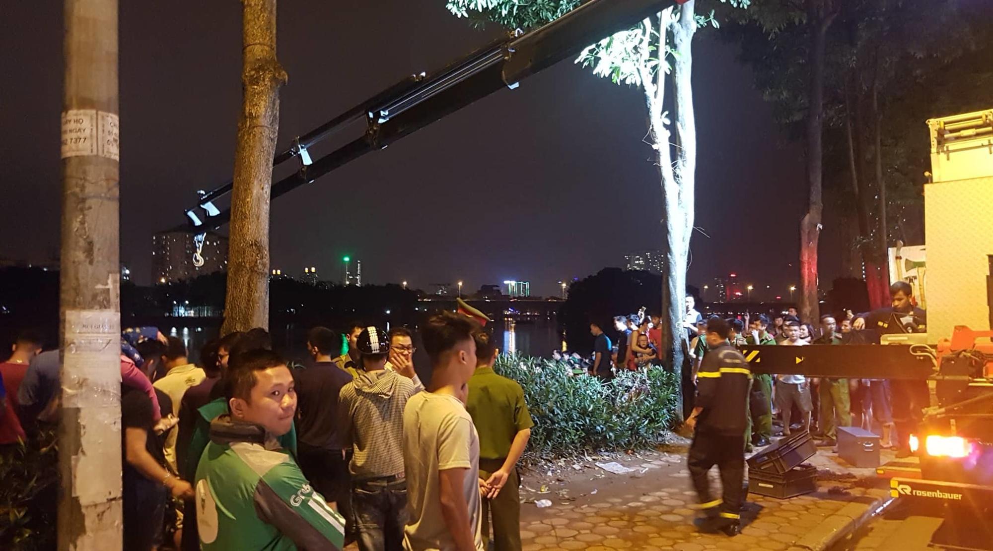Ô tô lao xuống hồ Linh Đàm lúc nửa đêm, dưới chân tòa HH-5