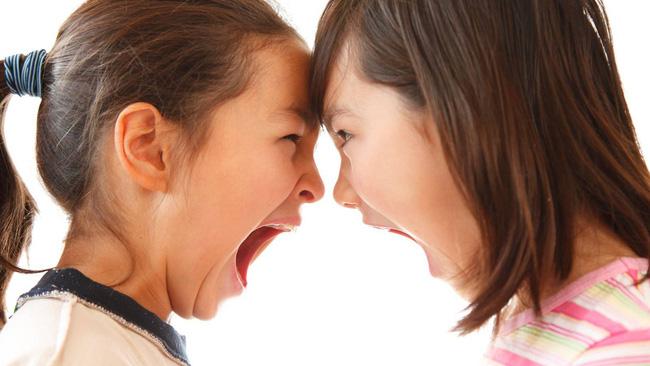Các con hay đánh nhau, cãi vã bố mẹ nên xử lí thế nào cho đúng mà không lo mình thiên vị?-3