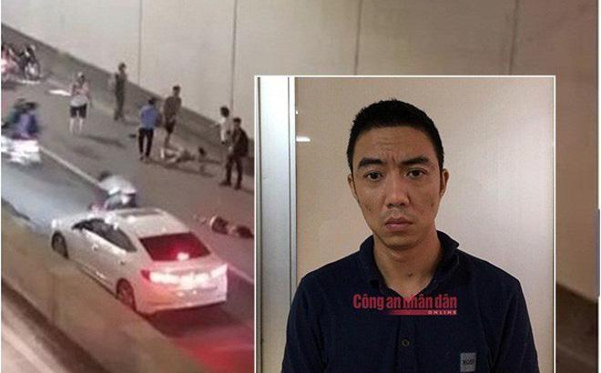 Bỏ chạy sau tai nạn ở hầm Kim Liên, tài xế xe Mercedes nói đi tìm biển số bị rơi-1