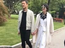 Lý Á Bằng lộ ảnh hẹn hò cùng bạn gái mới, trái tim cuối cùng cũng buông bỏ được Vương Phi sau 6 năm ly hôn