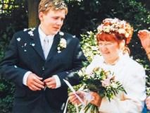 Nam thanh niên 17 tuổi kết hôn với cụ bà 51 tuổi 18 năm trước giờ ra sao?