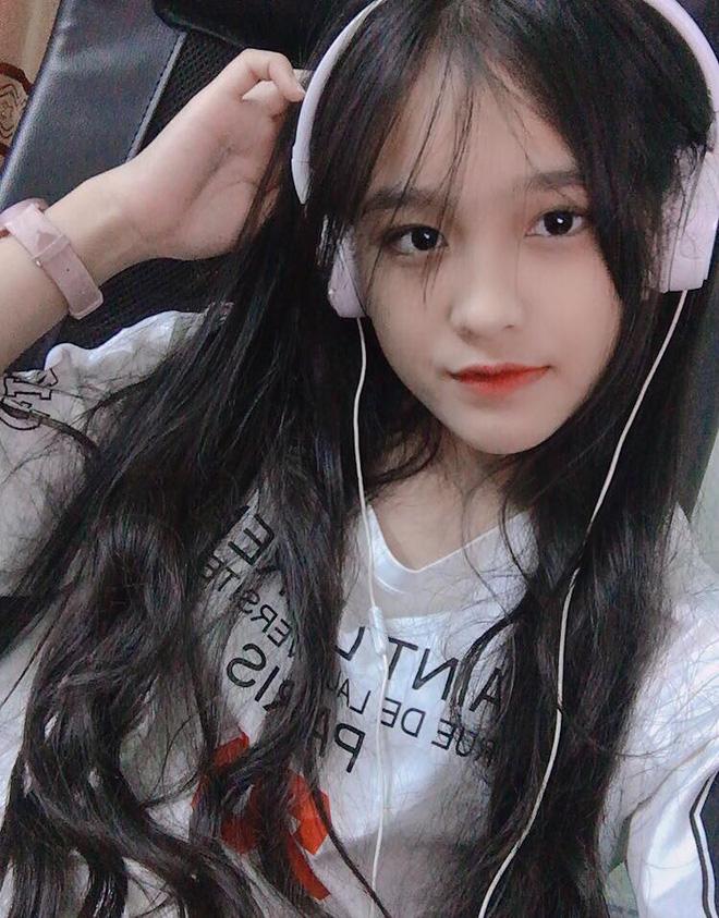Nữ sinh Đồng Nai nổi như cồn sau một lần bị đăng ảnh trên Facebook, được khen giống Han Sara nhưng dễ thương hơn-7