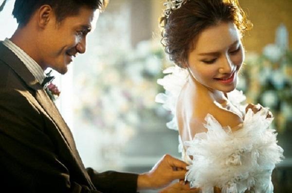 """Đến dự đám cưới chồng cũ, bất ngờ nhận ra người đàn bà oan nghiệt""""-1"""