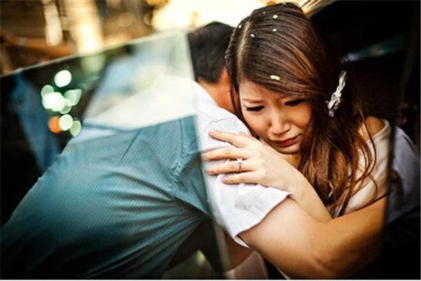 Gái lấy chồng xa kể thương ba nằm viện nhưng lại bị dập tơi tả vì một chi tiết-1