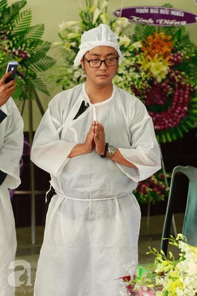 Con đầu qua đời vì tai nạn, con thứ 2 đang ở trại cai nghiện, hậu sự của nghệ sĩ Lê Bình đều do cậu con út lo liệu-3